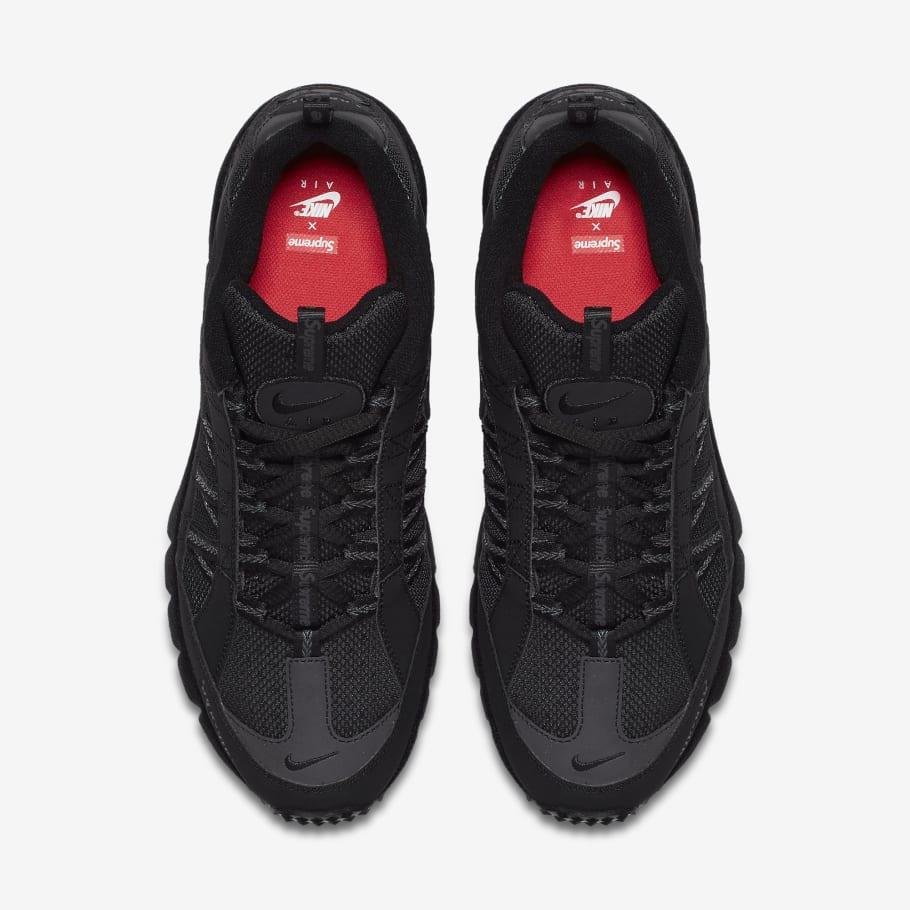 Montón de Para editar caminar  Supreme x Nike Air Humara '17 Official Images | Sole Collector