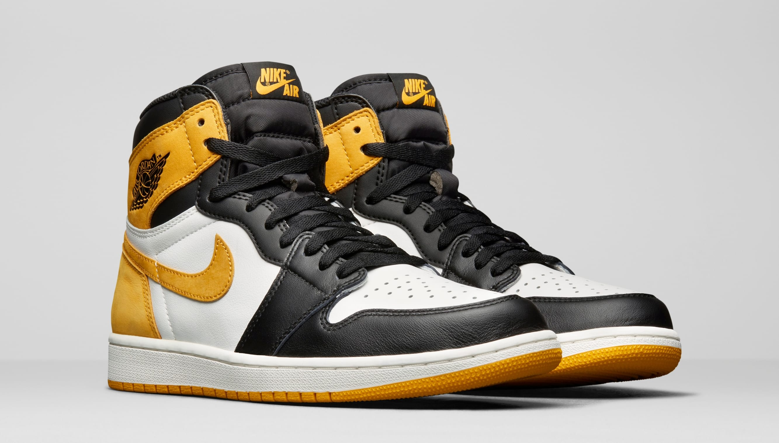 Air Jordan 1 High OG 'Best Hand in the Game' Collection
