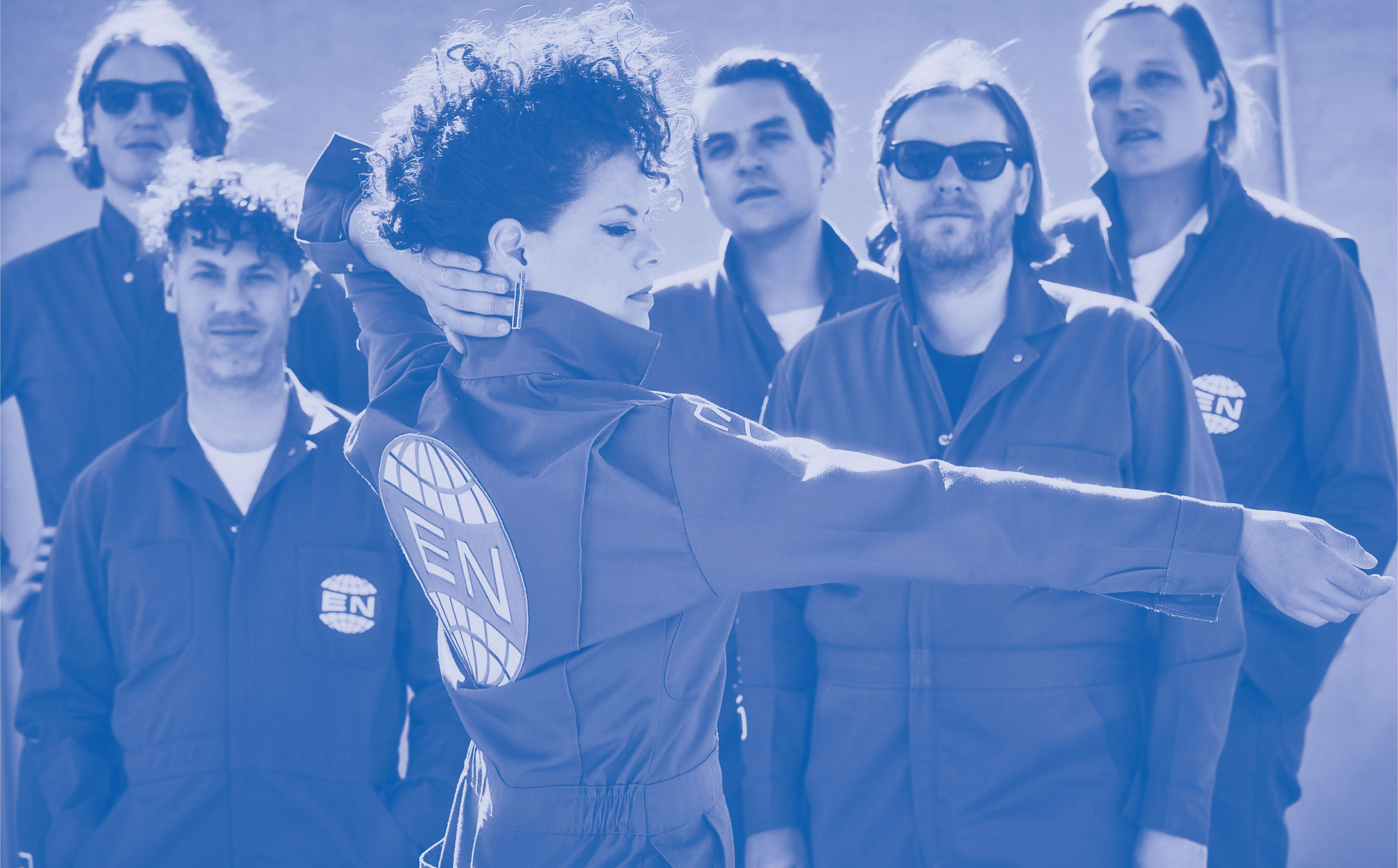 arcade-fire-everything-now-press-1