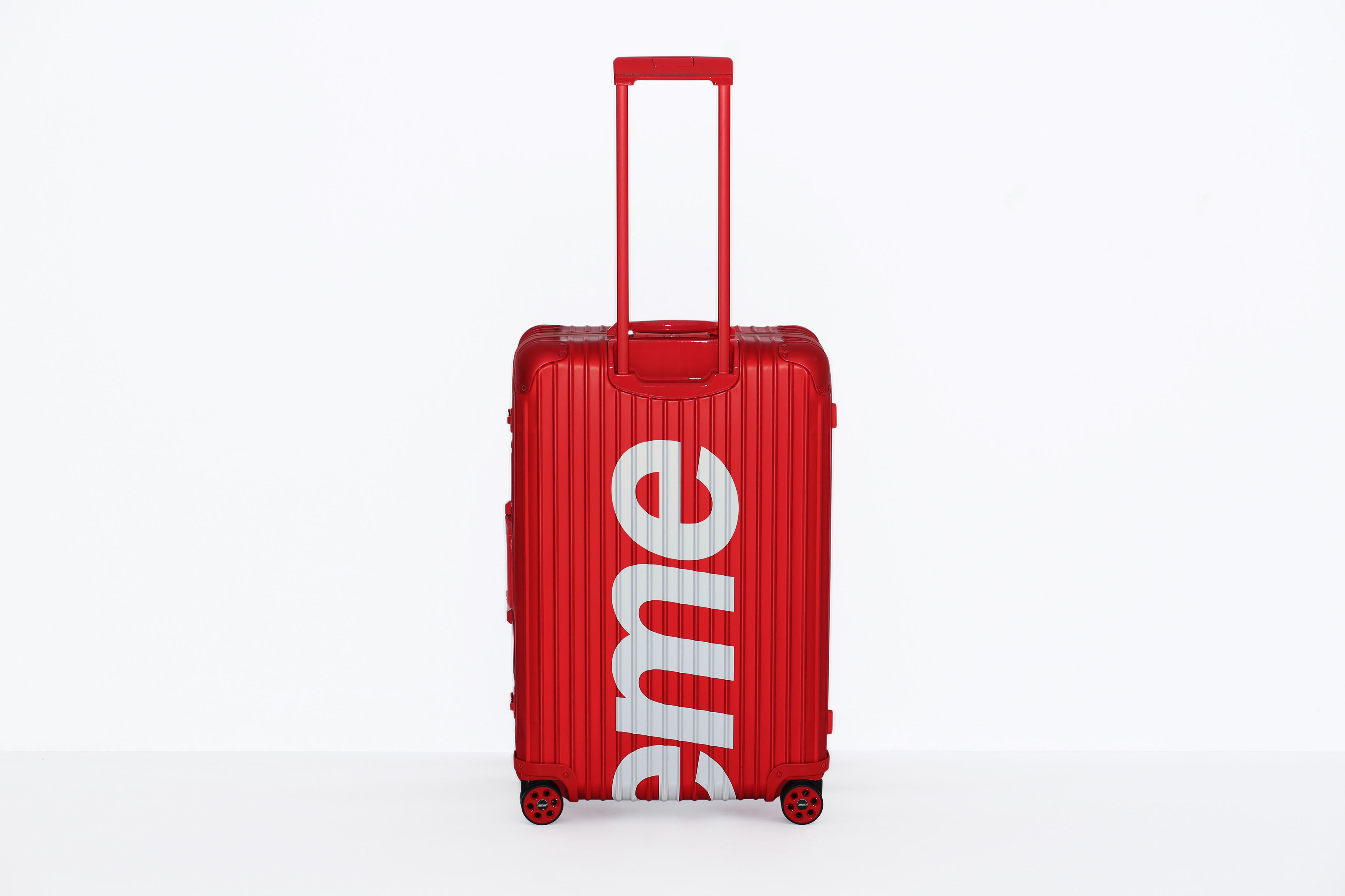 daad8d4d9 Supreme Rolls Out New RIMOWA Collab   Complex