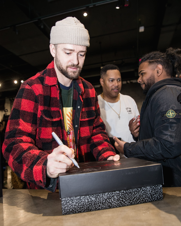 Justin Timberlake Surprises Fans At Toronto's Jordan Store To Release Air Jordan 3s