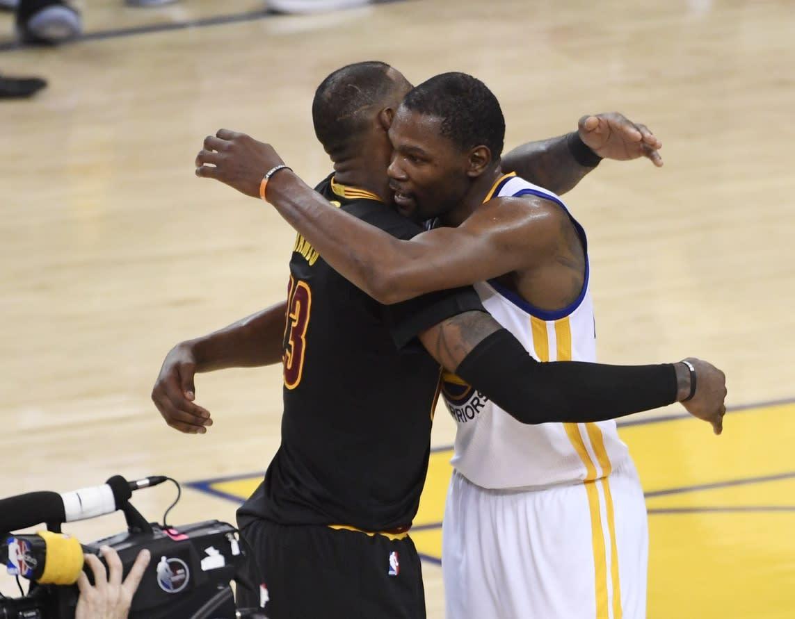 KD and Lebron hug