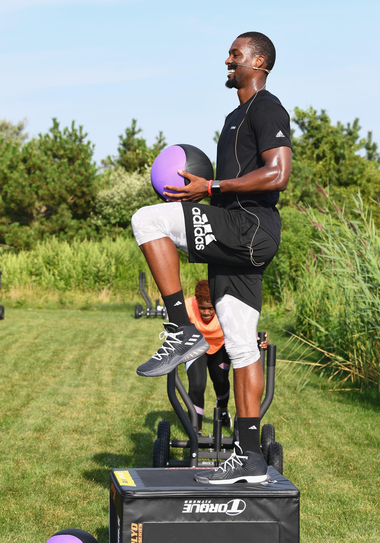 Harrison Barnes Fitbit exercise workout mavs