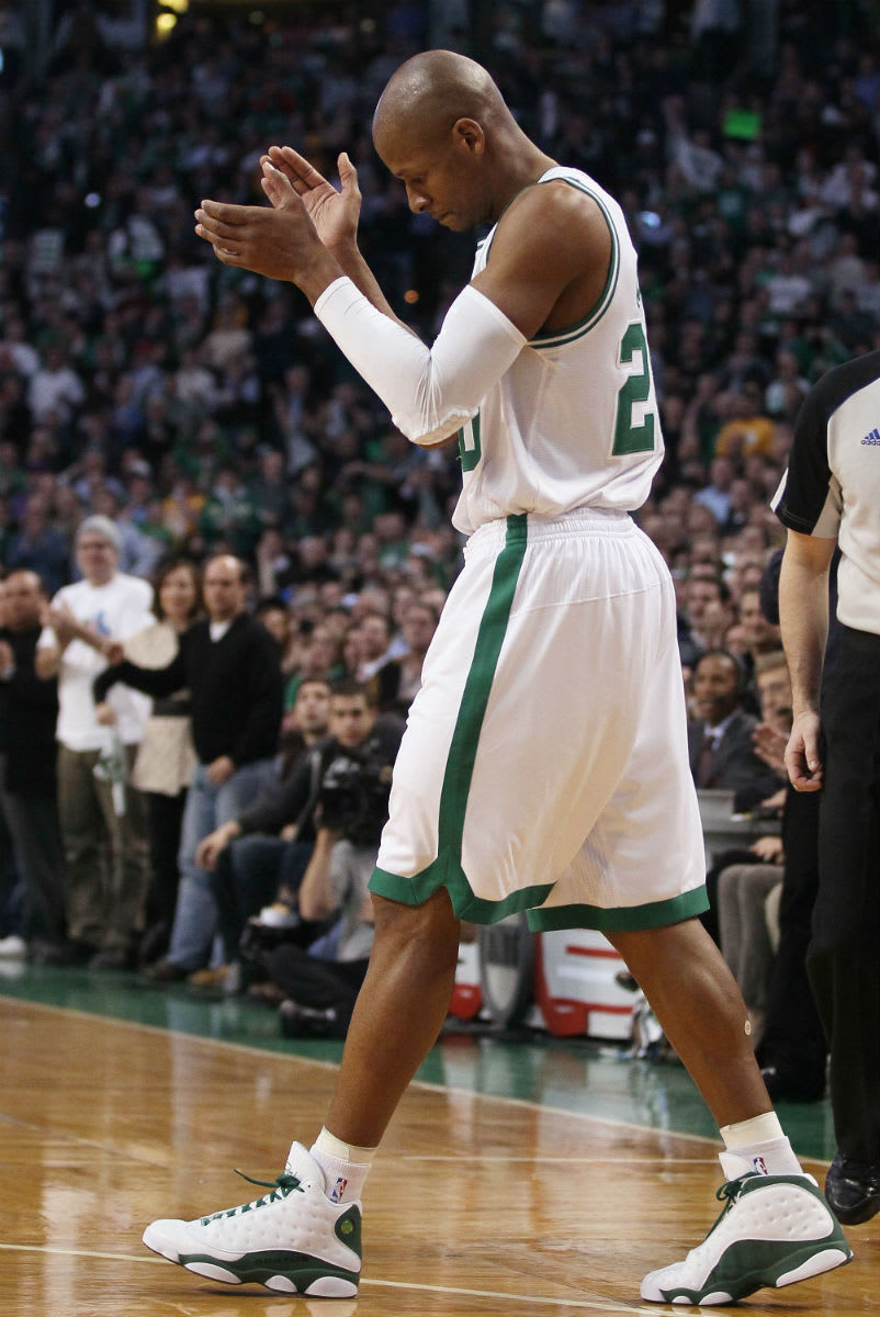 Ray Allen Breaks Three-Point in Air Jordan 13 PE