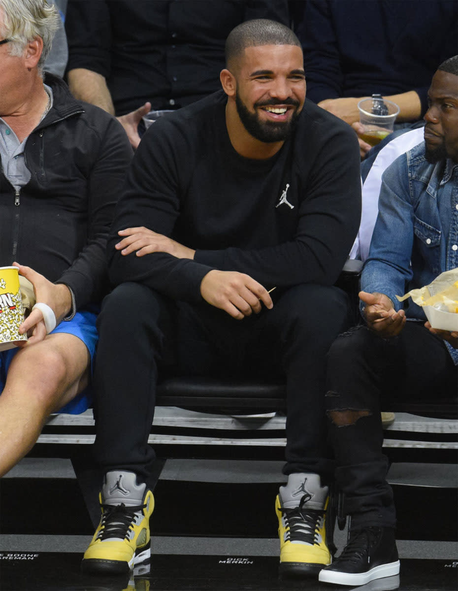 Drake wearing Air Joran 5 Tokyo