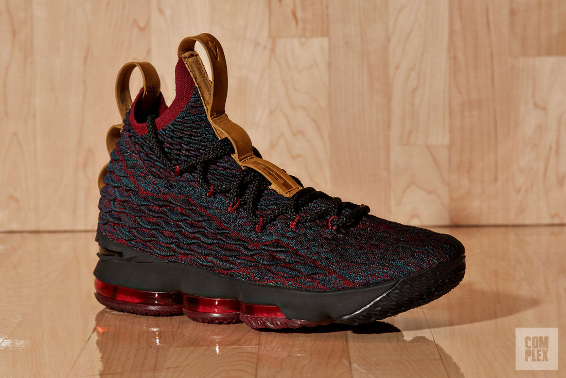 Nike LeBron 15 Grey/Red