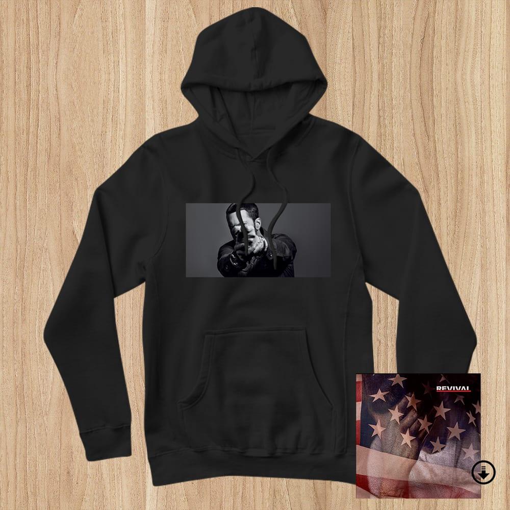 Eminem Drops Limited Edition & # 39; Revival & # 39; Bundle Packs