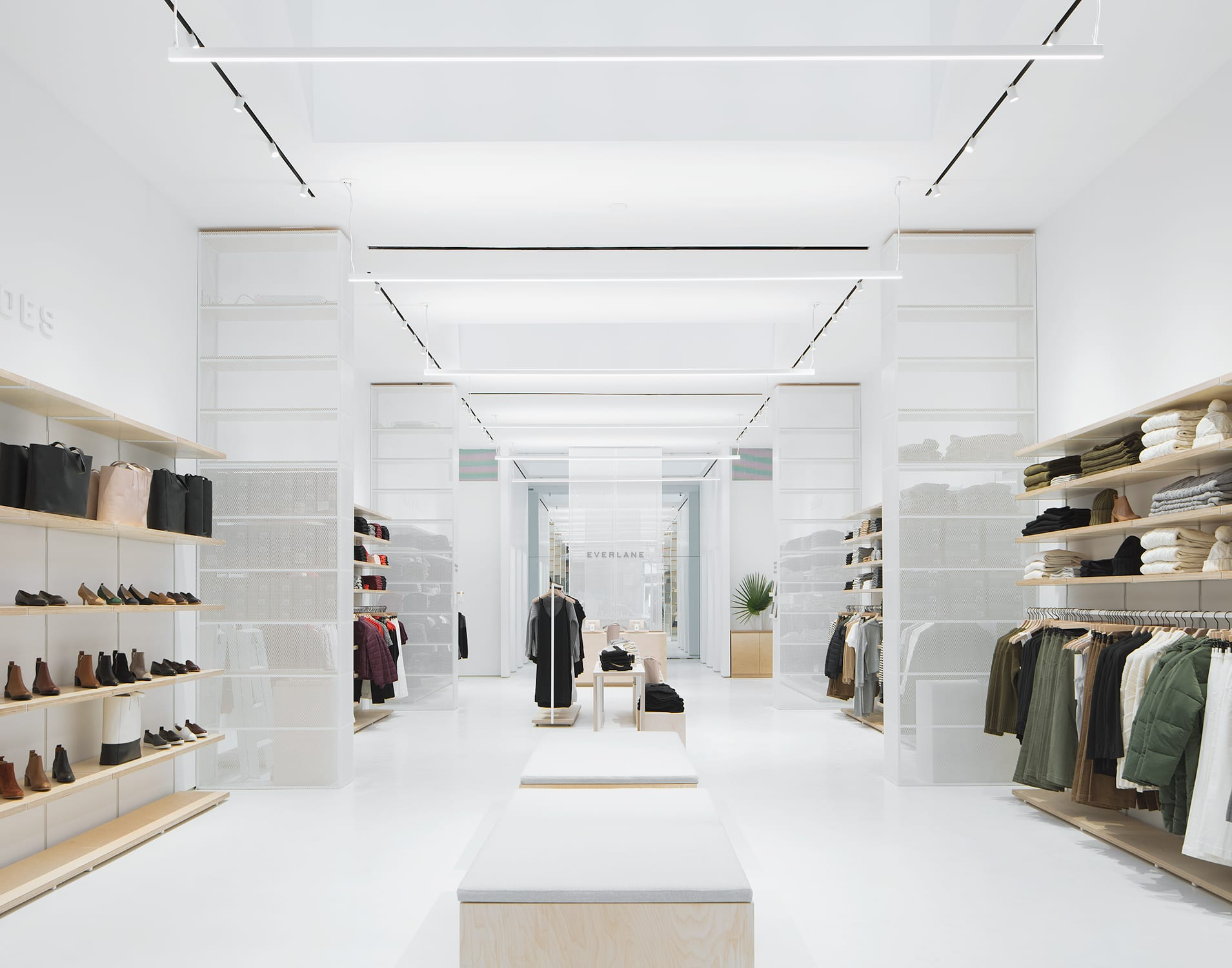 Everlane and warby parker just opened new nyc stores complex for Trend design shop