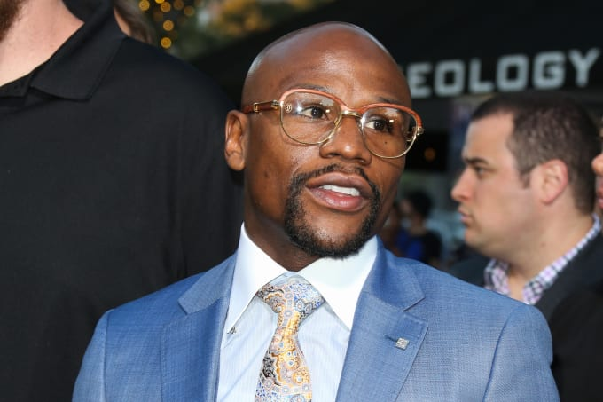 Floyd Mayweather attends 'All Eyez On Me' premiere