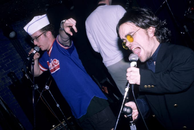 Peter Dinklage performs live with Whizzy at Columbia University on October 1, 1994