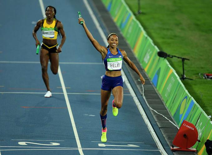 Allyson Felix Gold Medal 4x400 2016 Olympics Getty