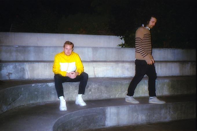 Premiere: NY Alt-Pop Duo Refs