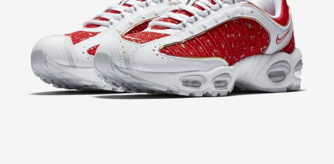 Supreme x Nike Air Max Tailwind 4 'White/University Red-White-Geyser Grey'