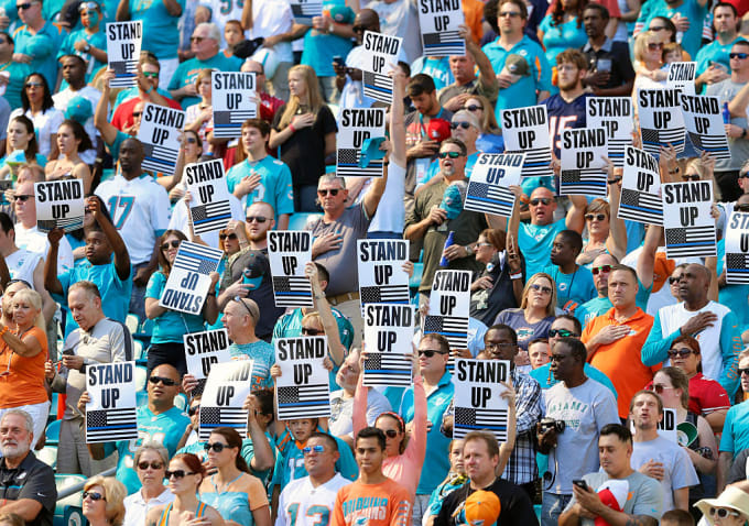 Dolphins Fans Stand Up 2016 Getty