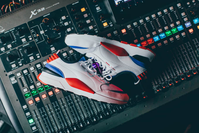 Puma RS-o Sound Side