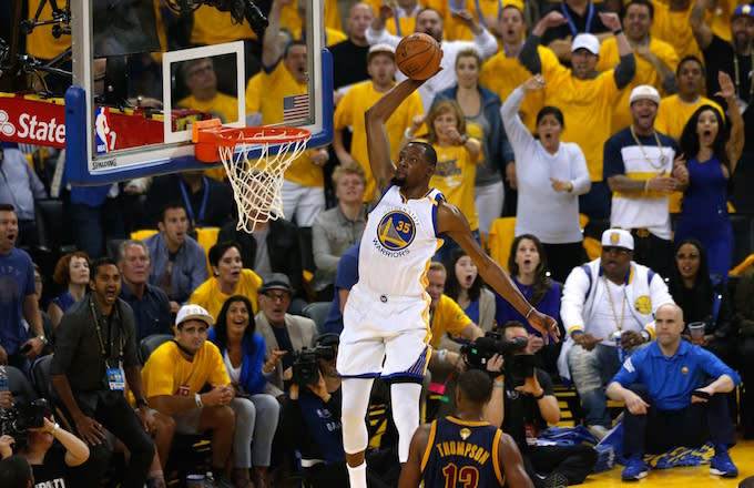 Kevin Durant dunking.