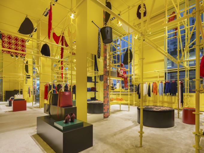 Calvin Klein Madison Ave. Interior 2