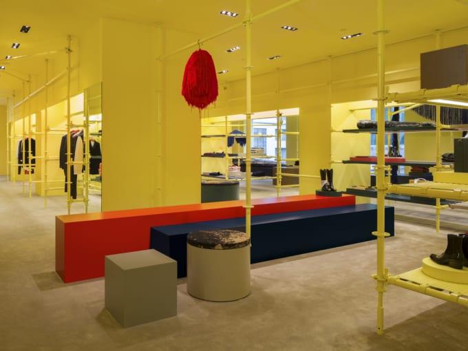 Calvin Klein Madison Ave. Interior 4