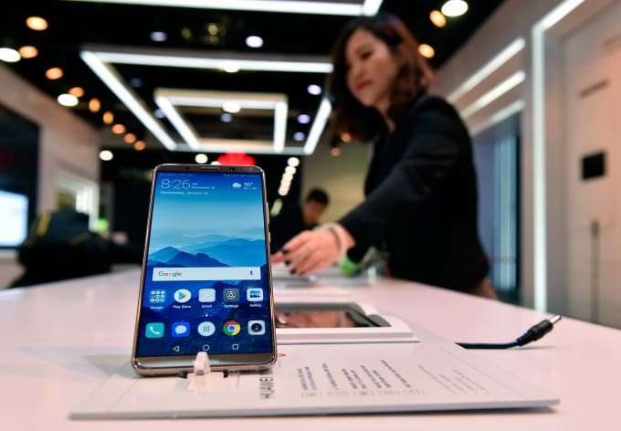 Huawei Mate 10 Pro at CES 2018