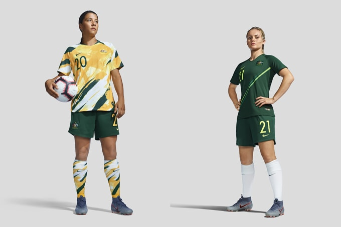 Australian footballers Sam Kerr and Ellie Carpenter model the Australian 2019 World Cup jersey