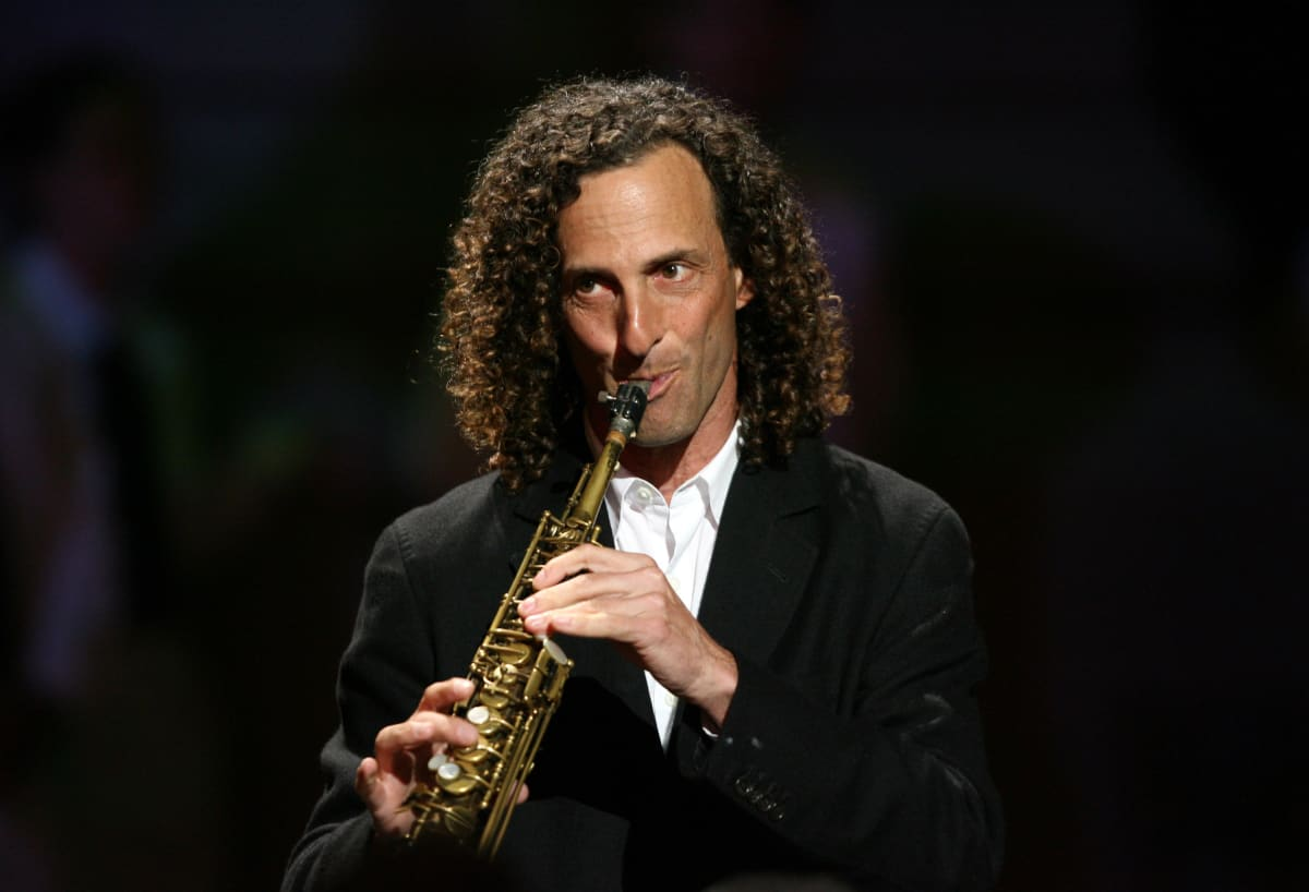Saxophone Legend Kenny G Has Been Killing It On Twitter This Year
