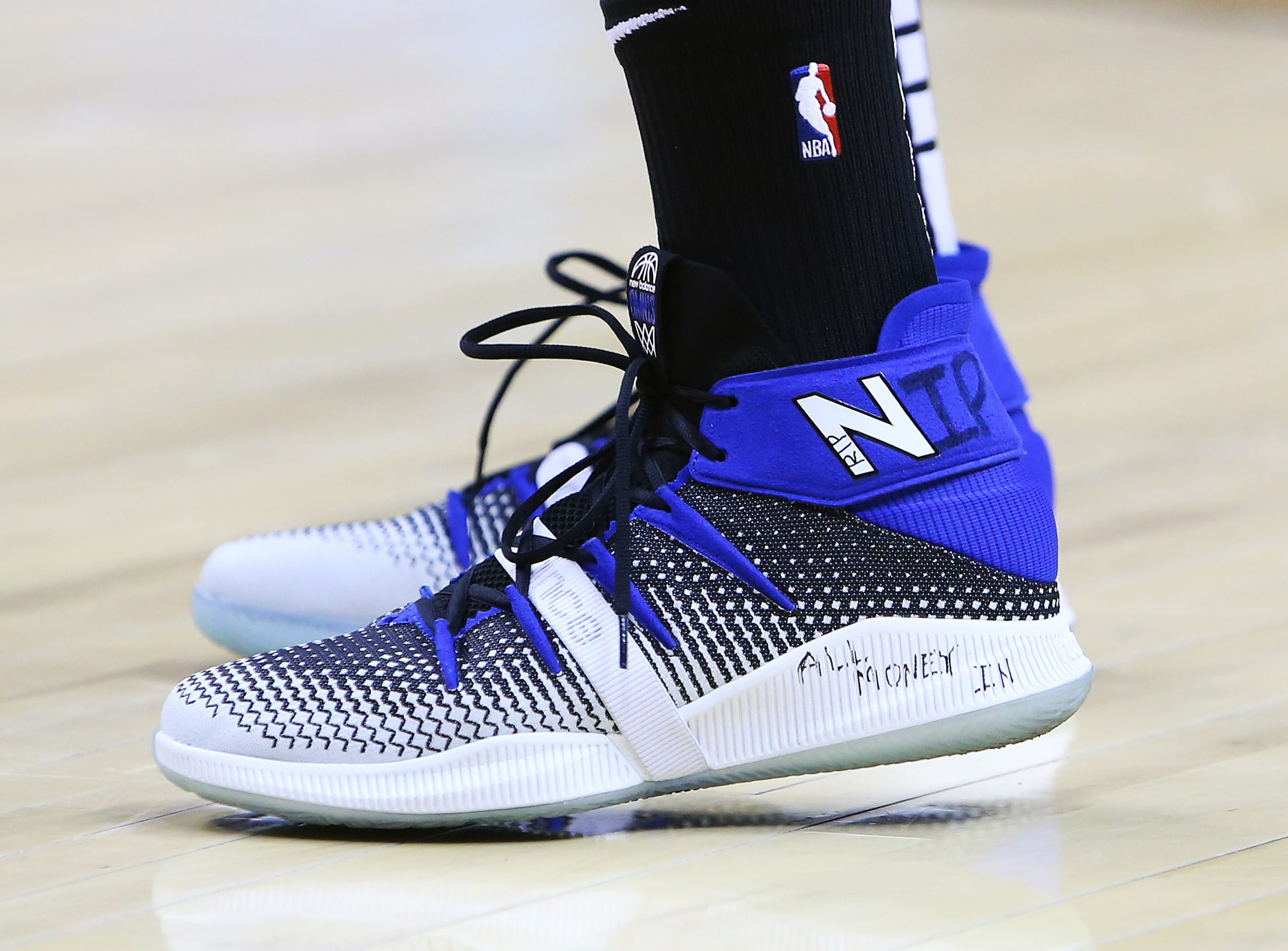 Bet On Kawhi Leonard And New Balance WonComplex PXZkuOi