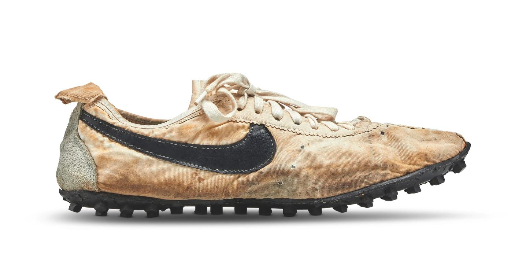 Nike Waffle Racer Moon Shoe