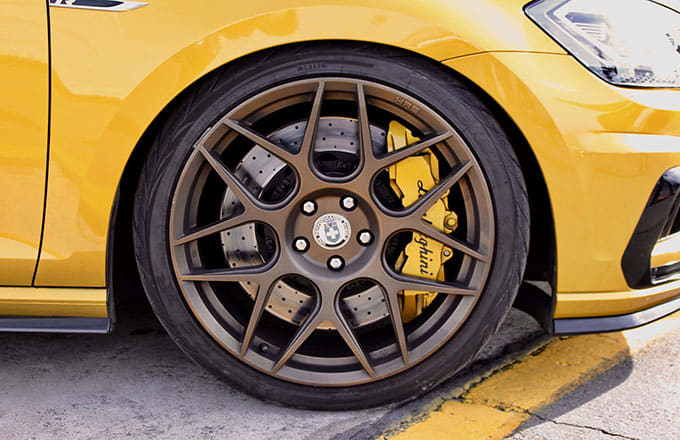 HRE Wheel with Lamborghini Break