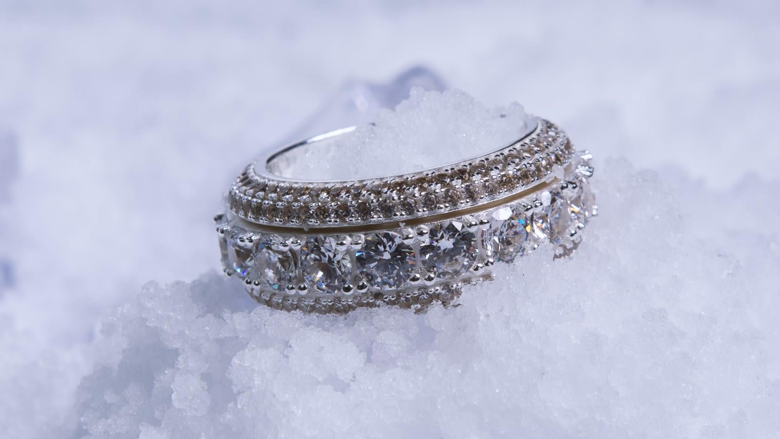 feather-pendants-ice5