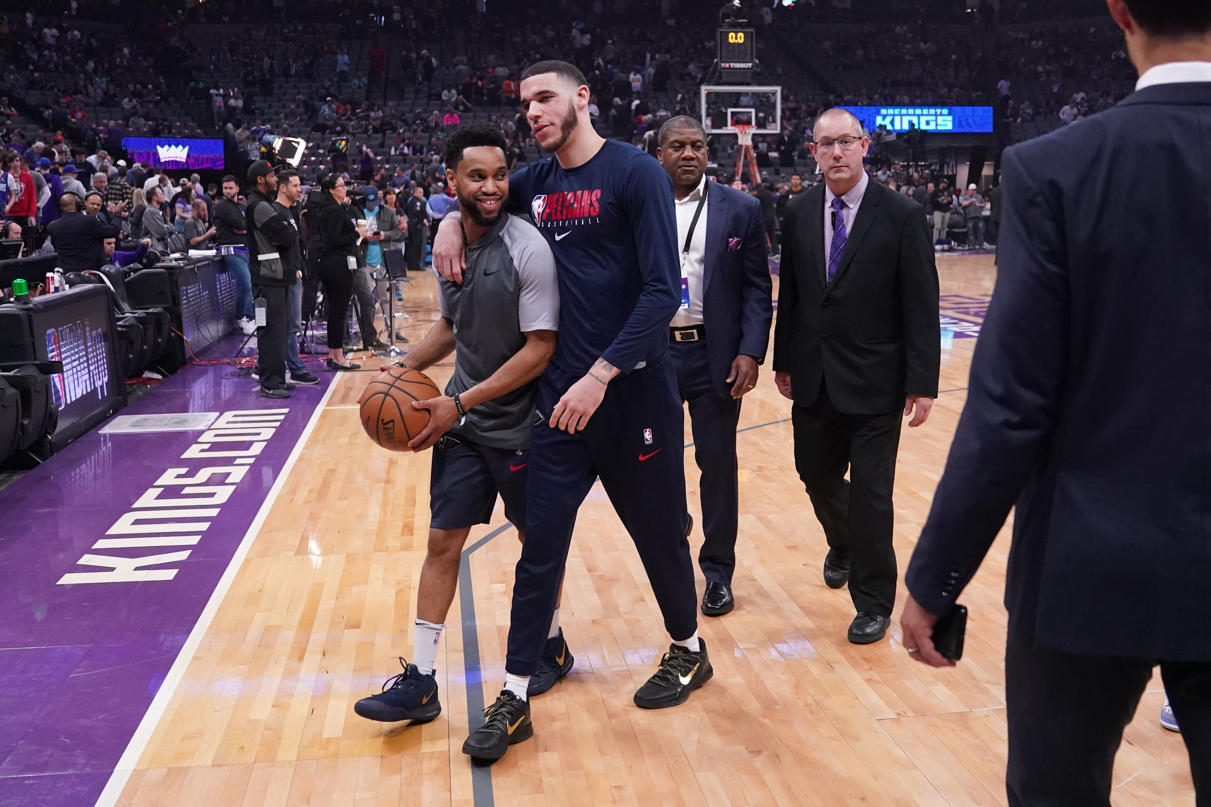 Lonzo Ball Pelicans Kings March 2020