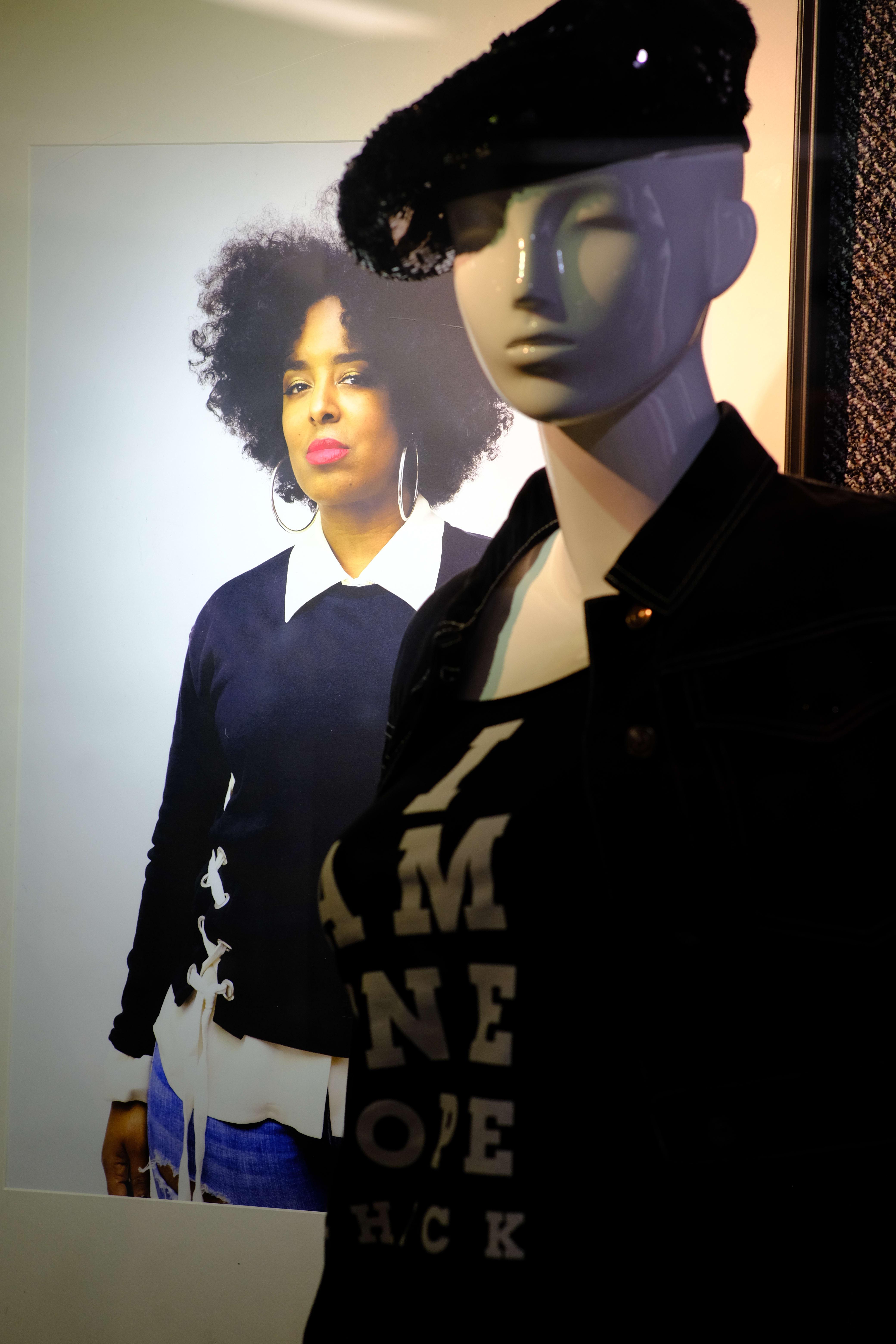 port-authority-women-streetwear-3