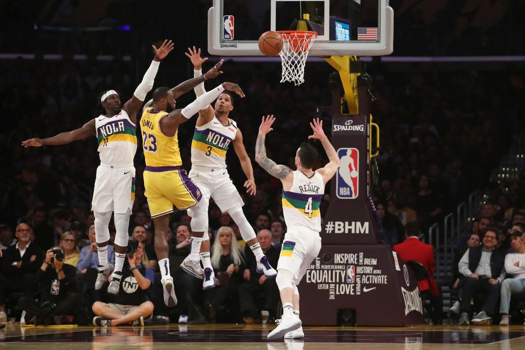 LeBron James Lakers Pelicans Pass Feb 2020