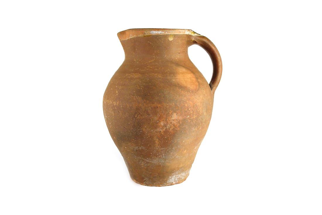rhuigi-villasenor-antique-pottery