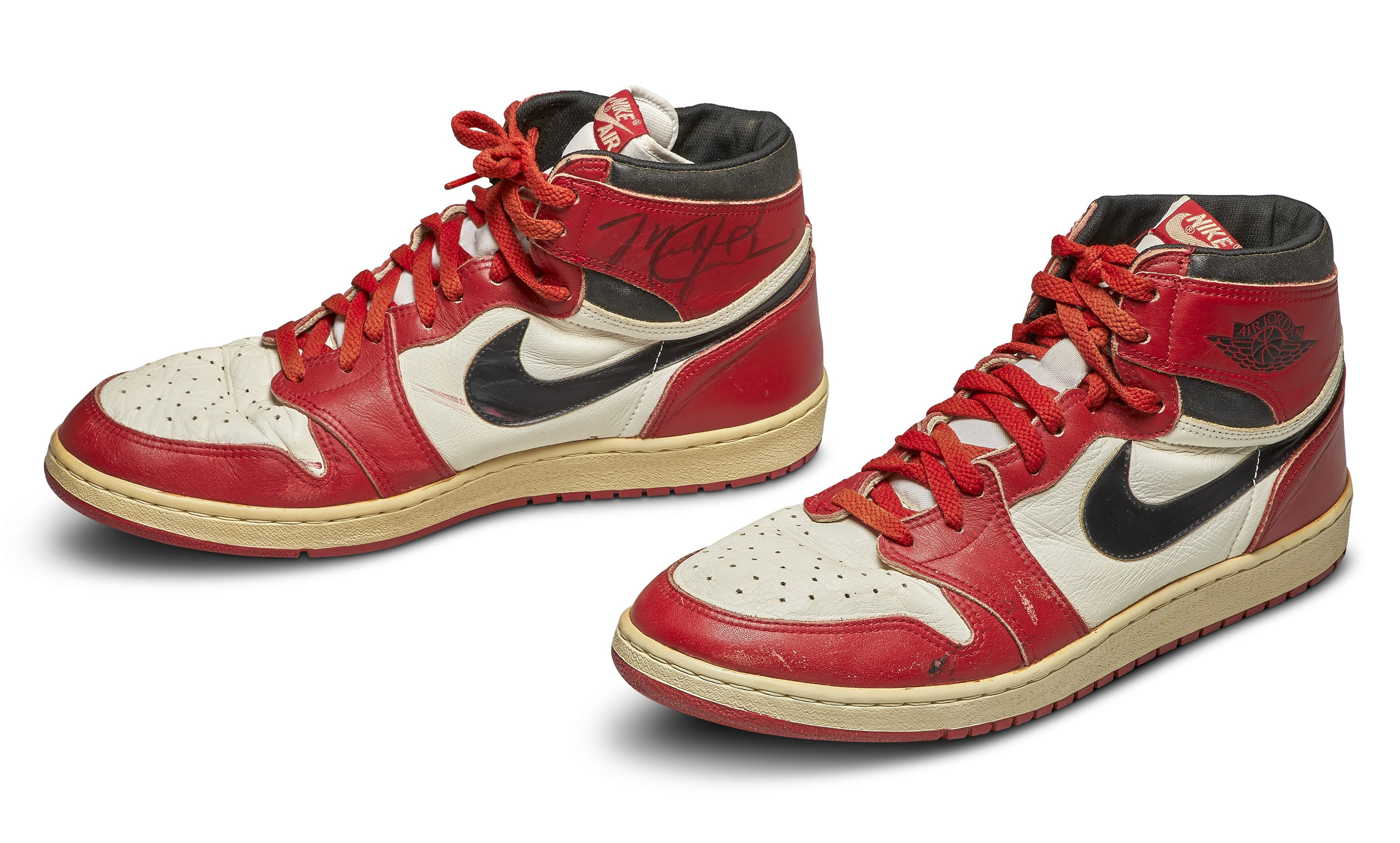 Chicago' Air Jordan 1 Resell Price Spikes After 'The Last ...