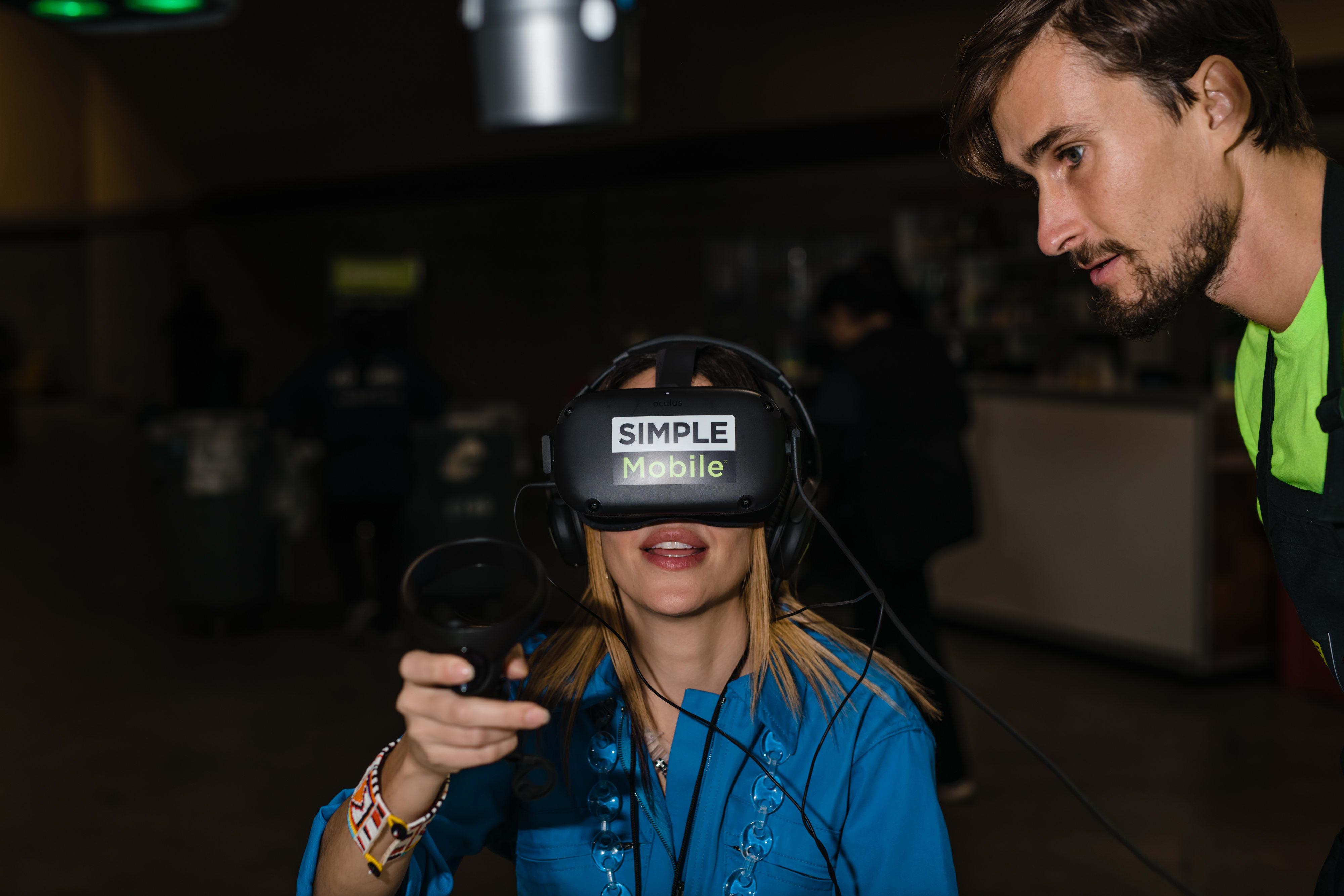 Simple Mobile VR x ComplexCon