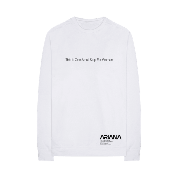 ariana-merch-14