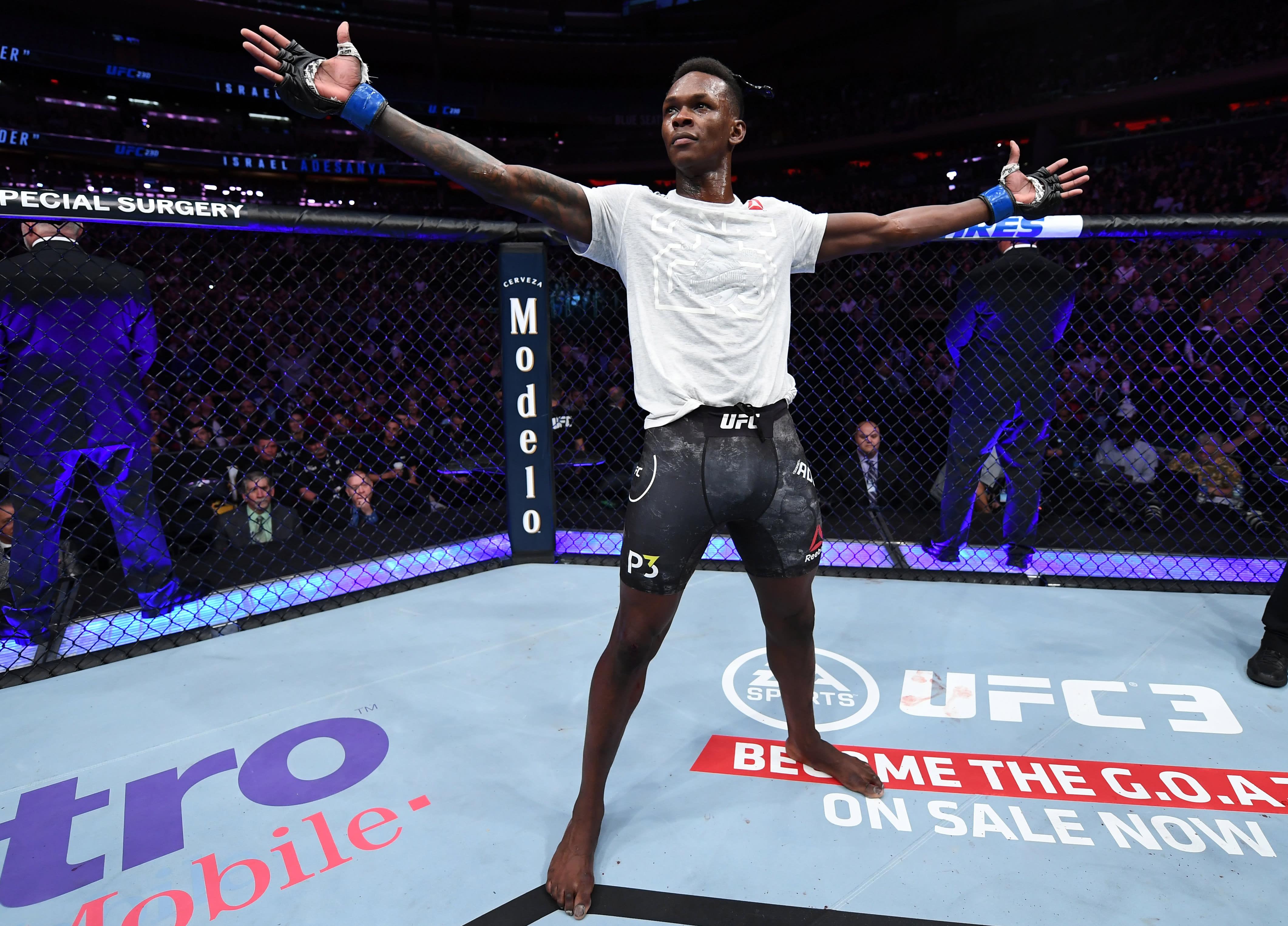 UFC 248 Israel Adesanya 2