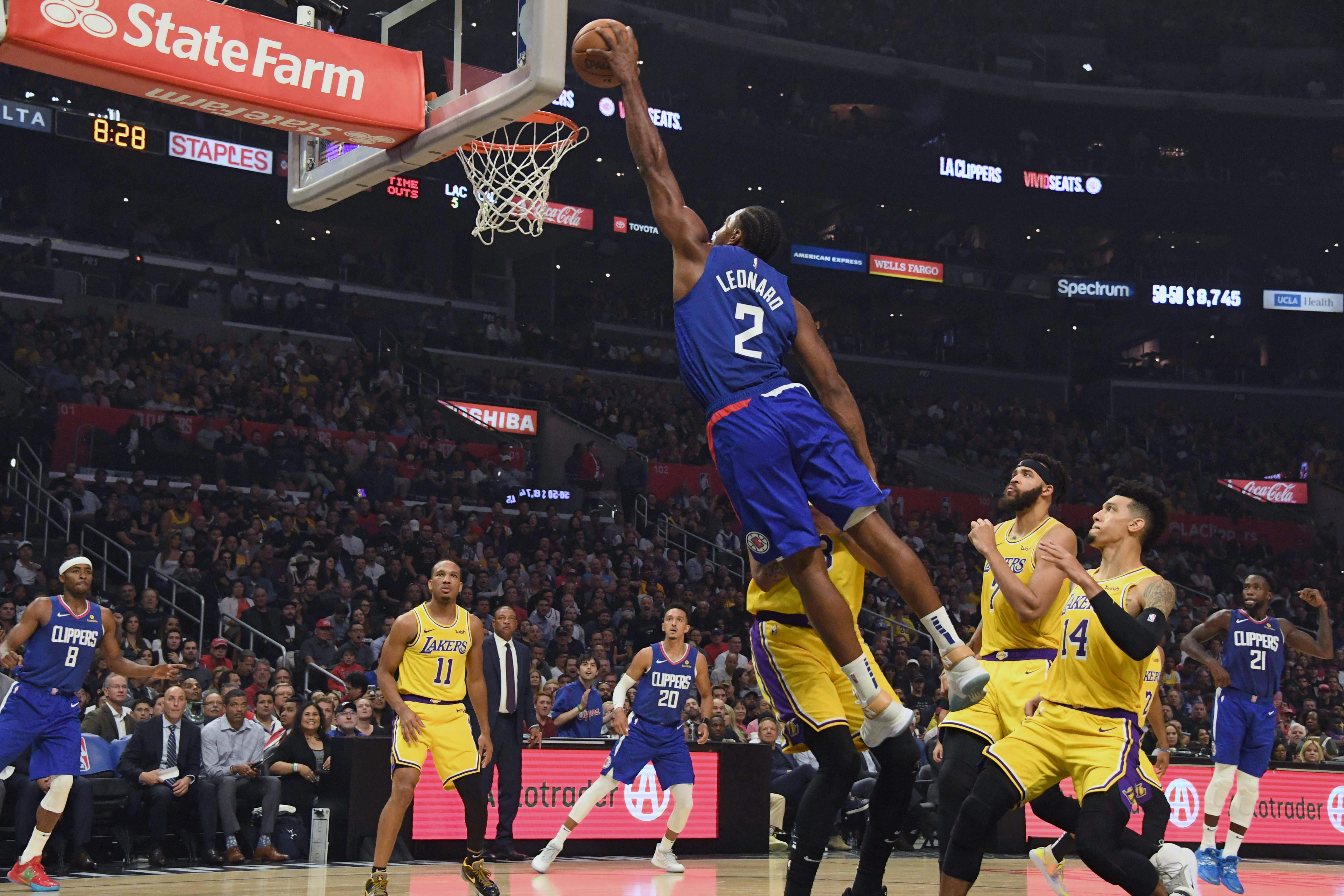 Kawhi Leonard Dunk Lakers Clippers October 2019