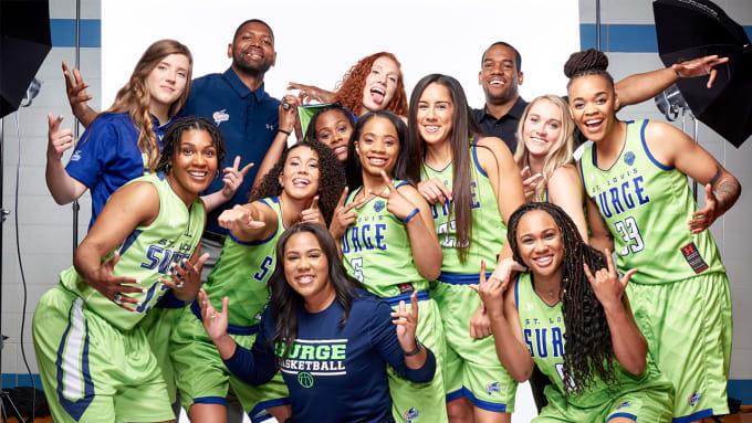 khalia-with-team