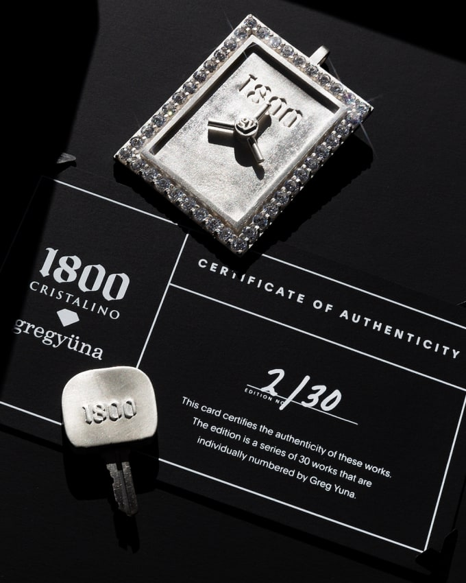 1800 Cristalino x Greg Yuna Bar Case