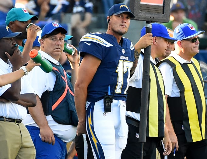 Philip Rivers Los Angeles Chargers 2017 Sidelines
