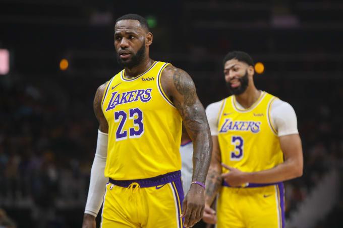 LeBron James Anthony Davis Lakers Hawks Dec 2019
